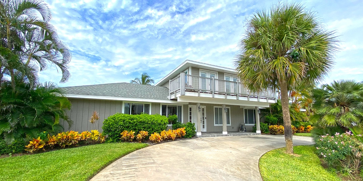 Castaway Cove Home exterior