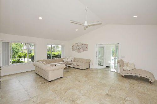 Castaway Cove Home Interior 3