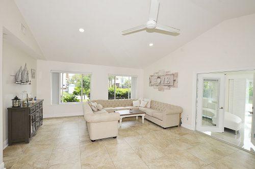 Castaway Cove Home Interior 4
