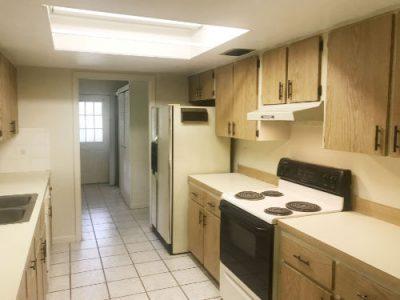 auction home kitchen